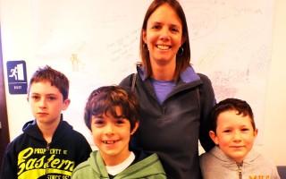 volunteer_family-web