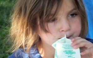 Winstead-Girl-w-milk.-7-18-13-320x200